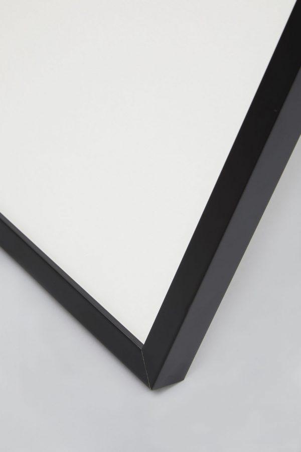 Black Box Profile Frame 4